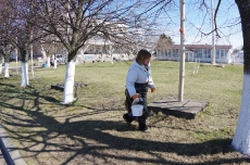 Субботник по уборке территории 16.04.2016_15