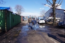 Субботник по уборке территории 16.04.2016_36
