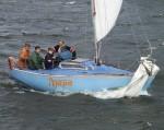 Яхта Азард