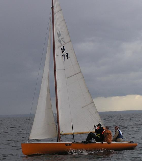 Яхта Викинг М