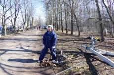 Субботник по уборке территории 16.04.2016_48